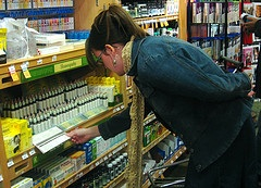 woman-shopping-homeopathic-medicines-over-the-counter-choices-self-prescribe