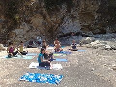 yoga-beach-class-natural-health